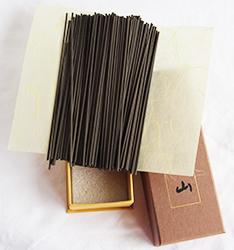 Nippon Kodo Jinkoh Juzan | 150 Medium length Japanese Incense Sticks