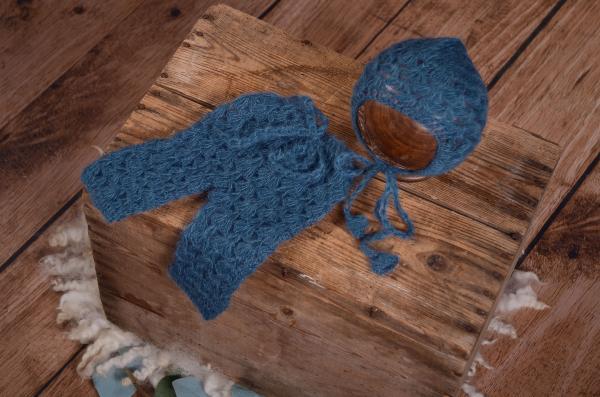 Completo di angora pantalone e berretto aperto blu marino