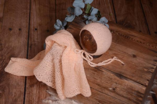 Salmon smooth mohair wrap and hat set