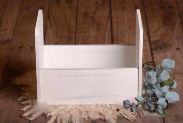 White smooth rustic cot 40 cm