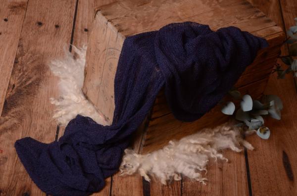 Wrap aus Zellwolle in Marineblau