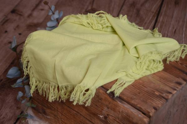 Light green fringed little fabric