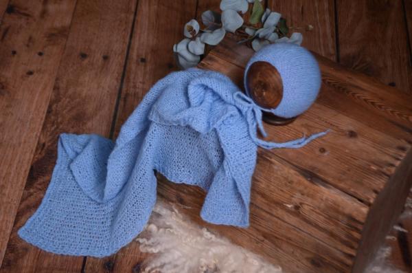 Set de wrap de angora liso y gorrito azul