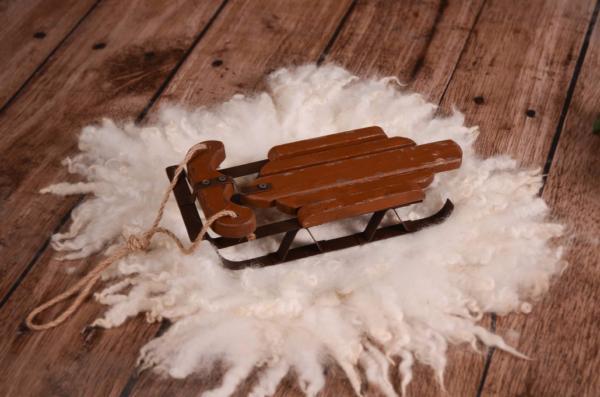 Decorative sleigh