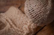 Conjunto de angora pantalón y gorro largo beige