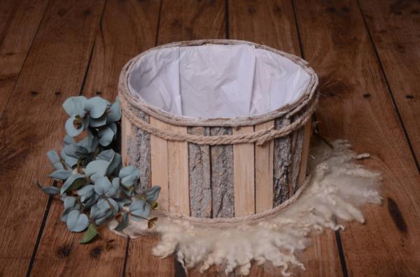 Natural round bucket