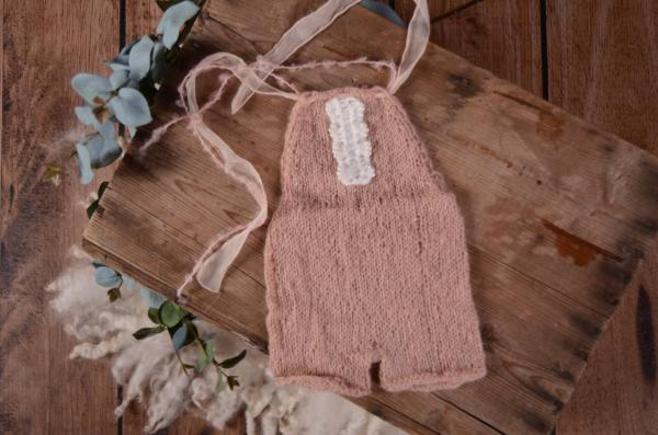 Dusty pink mohair short dungaree with bow and pearls