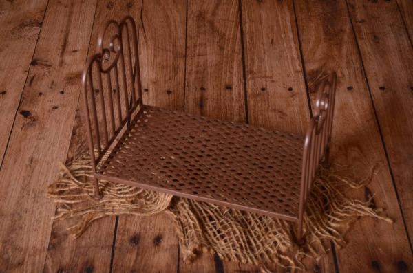 Brown vintage bed 50 cm