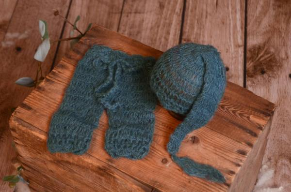 Dark blue mohair pants and long-hat set