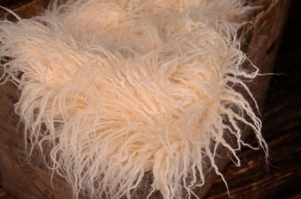 Beige extra long curly-hair blanket