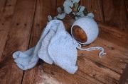Set de wrap de angora liso y gorrito azul celeste