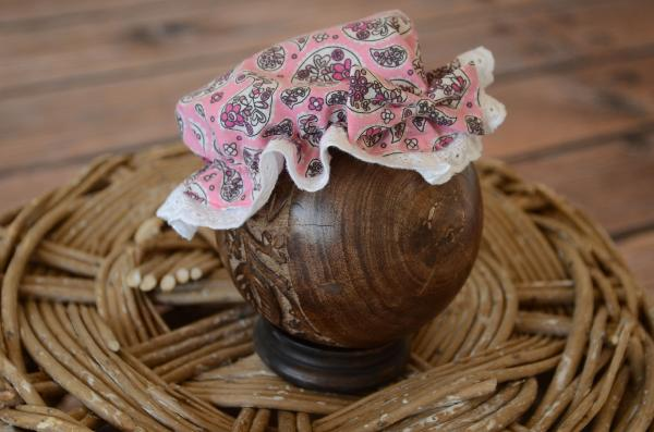 Pink and white printed bath hat