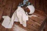 Set de wrap de angora liso y gorrito blanco