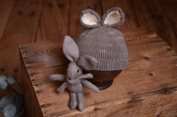 Dark grey bunny-ear hat and toy set