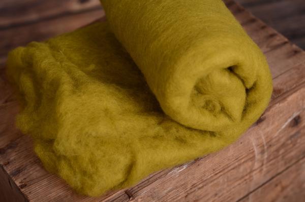 Manta de lana verde