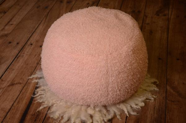 Pink threaded cover for multiposition puff