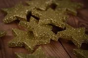Sterne in Goldfarben 6 cm