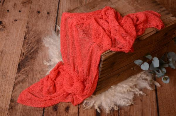 Wrap aus Zellwolle in tiefes Rosa