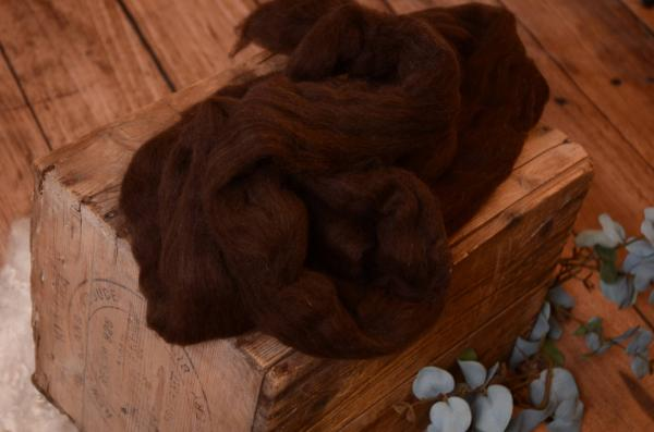 Brown combed wool