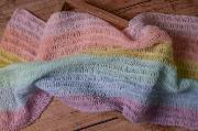 Wrap di angora arcobaleno