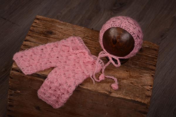 Conjunto de angora pantalón y gorro abiertos rosa