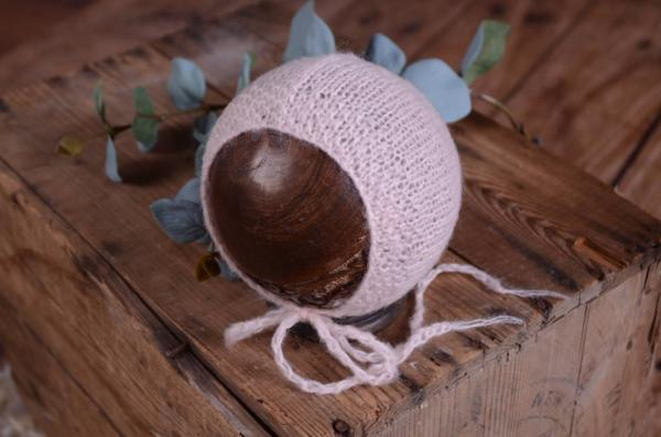 Light pìnk smooth mohair hat