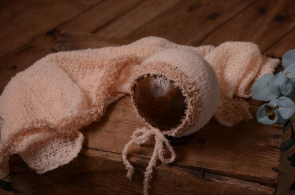 Salmon mohair wrap and hat fantasy set