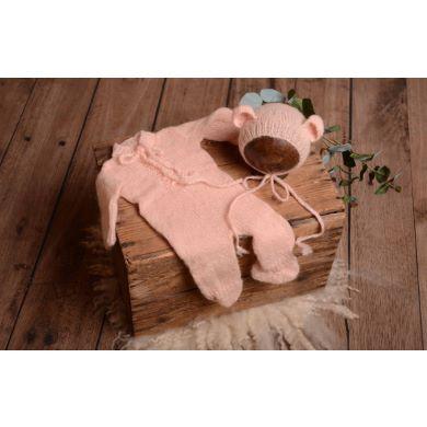 Pijama con gorrito de angora rosa