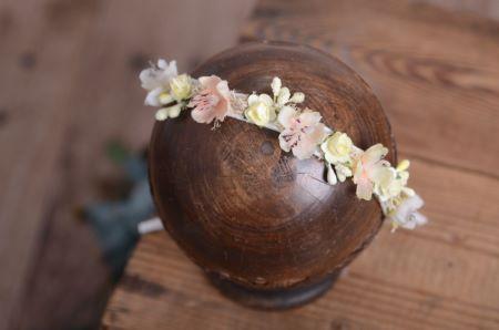 Coiffure florale blanc - Modèle 5