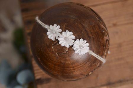 Tocado floral blanco - Modelo 3