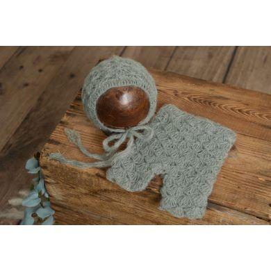 Conjunto de angora pantalón y gorro con perlas gris