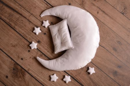White moon, pillow, and stars set