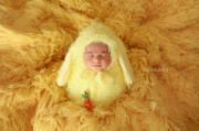 Ensemble gigoteuse et bonnet lapin jaune