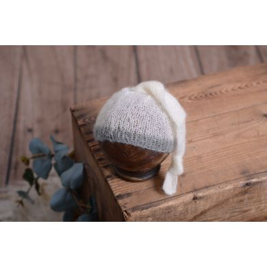White and grey mohair hat with knot