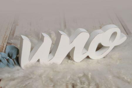 Buchstaben Uno in Weiß