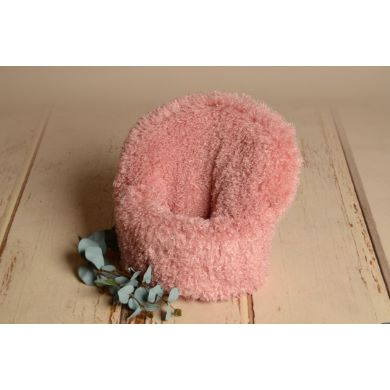 Pink short-hair cover for armchair