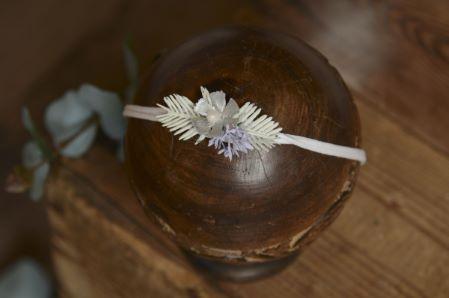 Weihnachtlicher Blütenkopfputz - Modell 3