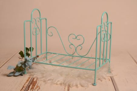 Aquamarine vintage bed - Model 1