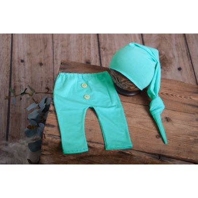 Pack aquamarine smooth trousers and long hat