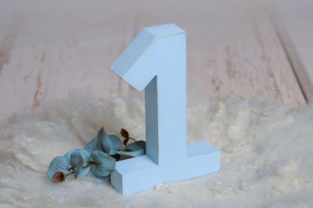 Número uno azul