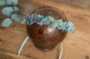 Coiffure fleur naturelle aigue-marine et violet