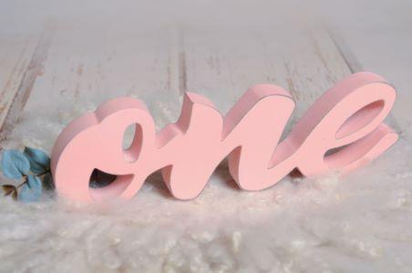 Letras one rosa