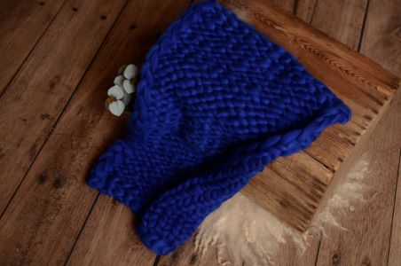 Yale blue plaited blanket