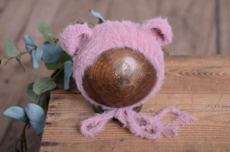 Mauve fur hat with ears