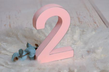 Numero due rosa