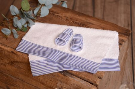 Blue slippers and towel set