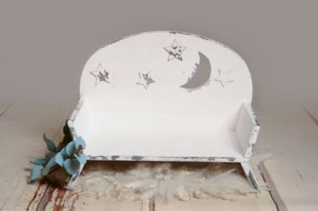 Rustic seat with stars