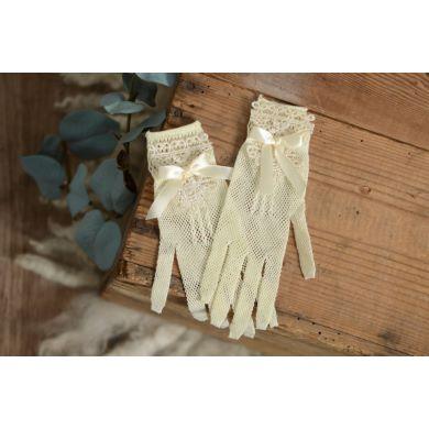 Handschuhe in Vanille mit Spitzengewebe und Schleife