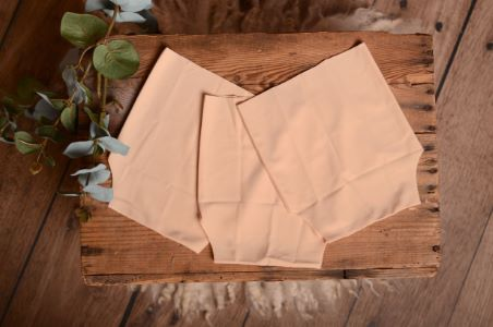 Three-girdle-knickers pack