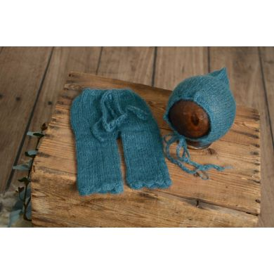 Conjunto de angora pantalón y gorro ajustable azul